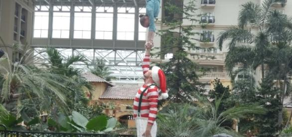 Crique Dreams Unwrapped had a preview of its 2016 show at the Gaylord Palms. (Barb Nefer)