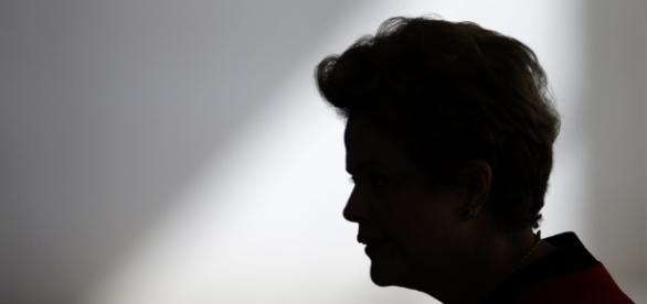 Depoimento de João Santana pode trazer problemas para Dilma.