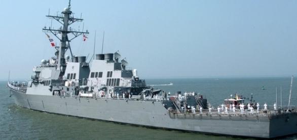 Distrugătorul american USS Ross a intrat în Marea Neagră pentru a participa la exercițiile militare Sea Breeze 2016