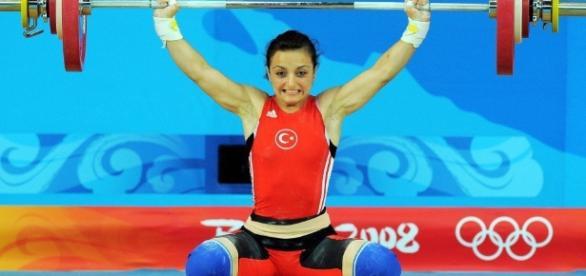 IOC strips Turkish weightlifter Özkan of Beijing 2008 silver medal ... - insidethegames.biz