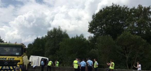 Acidente aconteceu na França e vários ficaram feridos