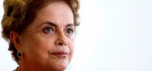 Afastada do Governo, Dilma Rousseff tenta provar sua inocência (Foto:Jornal Correio do Brasil)