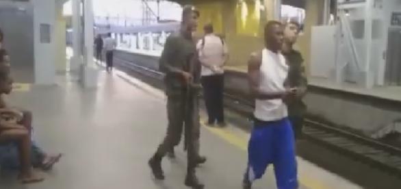 Criminoso é preso na Estação de Deodoro