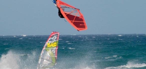 El Médano acoge los protagonistas del Mundial de Windsurf
