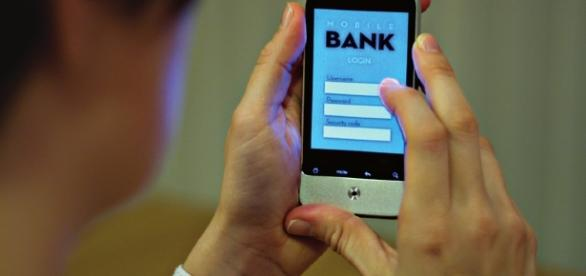 România este pe ultimul loc în Europa la serviciile bancare mobile