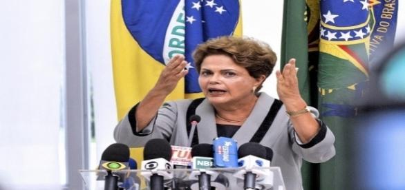 Defesa da presidente afastada Dilma Rousseff apresentará alegações finais sobre impeachment hoje