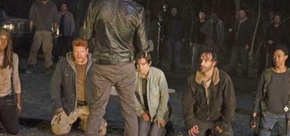 Na nova temporada de The Walking Dead você vai saber quem foi a vítima de Negan.