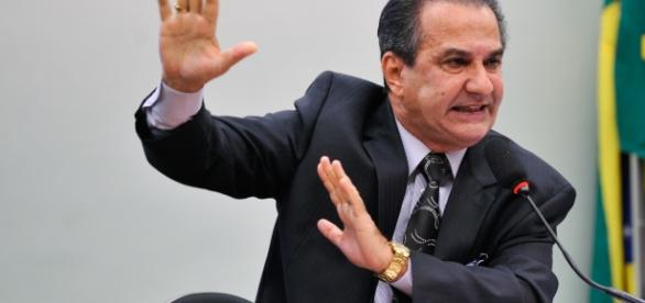 Pastor Silas Malafaia discursando na câmara dos deputados