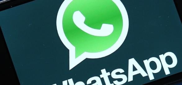 Emojis no WhatsApp para iPhone agora aparecem em tamanho grande