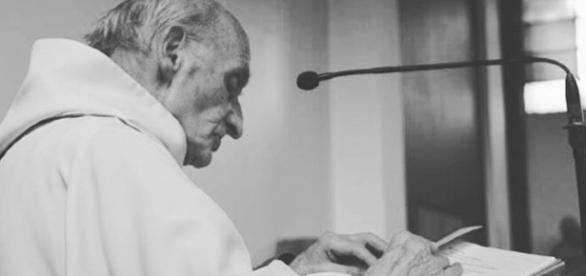 Le père Jacques Hamel, victime de la barbarie.