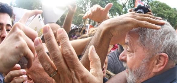 Lula está prestes a ser desmascarado diante da nação brasileira