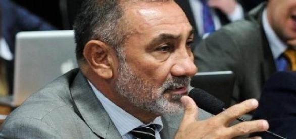 Senador recebe grave acusação - Foto/Google