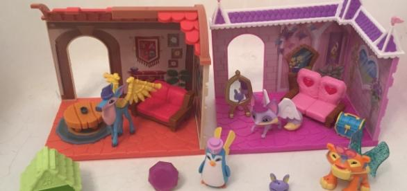 The 'Animal Jam' playsets make great toys but they could also be used for stop motion animation. / Photo via Meagan J. Meehan, Blasting News.