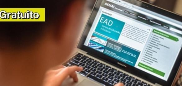 Cursos gratuitos online em 13 áreas com certificação