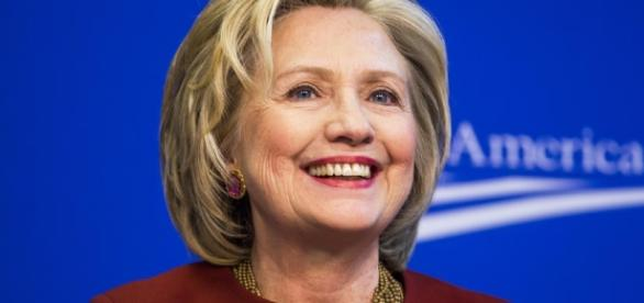 It's Official: Hillary Clinton Announces 2016 Presidential ... - tvguide.com