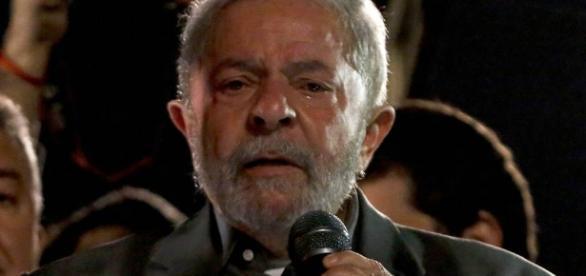 Lula entrou com petição na ONU