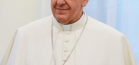 Godząc się na ŚDM, Franciszek sprzeniewierza się idei miłosierdzia