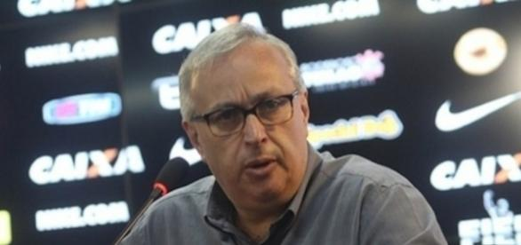 O presidente Roberto de Andrade quer o Corinthians forte desde as categorias de base
