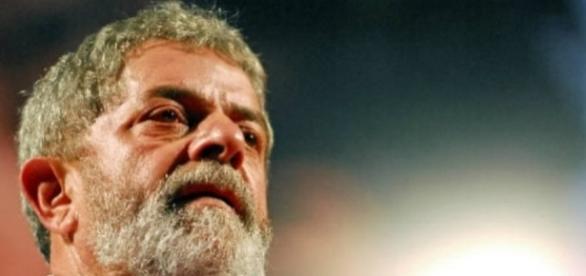 Ex-presidente da República, Luiz Inácio Lula da Silva, está envolvido nas investigações da Operação Lava-Jato, da Polícia Federal