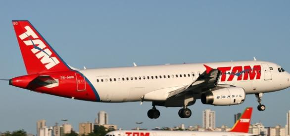Tam precisa colocar passageiros em outros voos