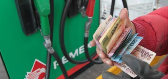 México: Nuevo gasolinazo para agosto | Automovil Panamericano - com.mx