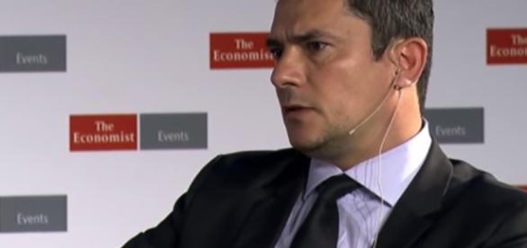 Assista a entrevista da revista 'The Economist' à Sergio Moro ... - com.br