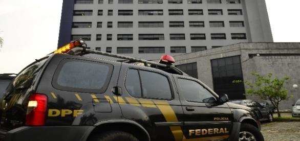Polícia Federal desarticula mais um esquema na Lava Jato