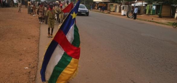 Défilé pour la paix des jeunes scouts dans les rues de Bangui le 05 Juillet 2016