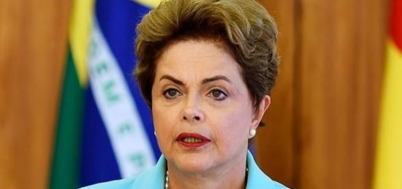 Dilma Rousseff tem usado entrevistas e redes sociais para se defender do processo de impeachment