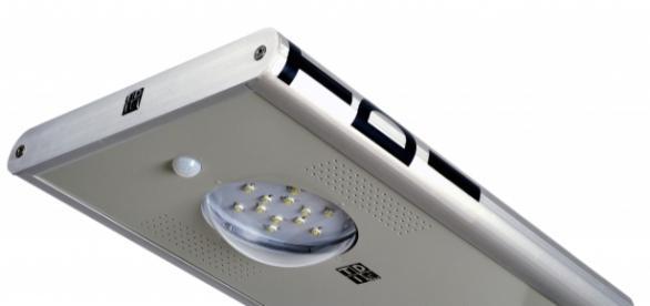 Farola solar monoblock inteligente