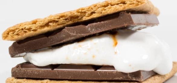marshmallow s'mores kit by the naked marshmallow co ... - notonthehighstreet.com