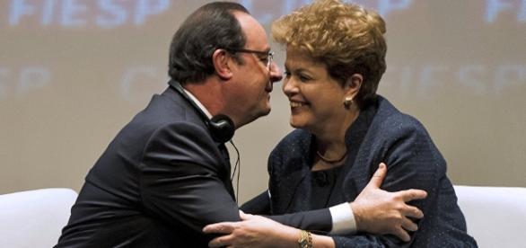 Presidente francês François Hollande com Dilma Rousseff