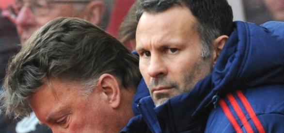 Giggs deixa o United após 29 anos no clube