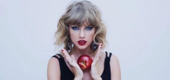 Taylor Swift faturou 170 milhões de dólares nos últimos 12 meses