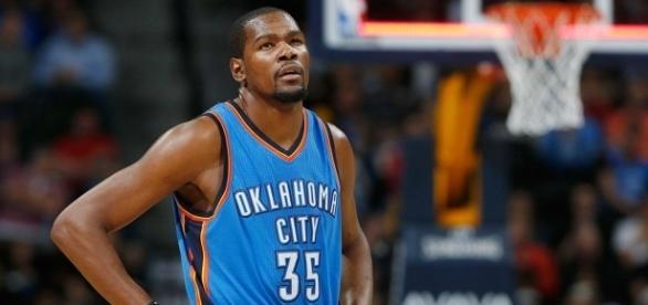 ¿Es Kevin Durant el jugador más odiado tras su marcha a los Warriors?