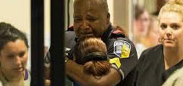 Cinco policiais foram mortos durante uma manifestação nos Estados Unidos
