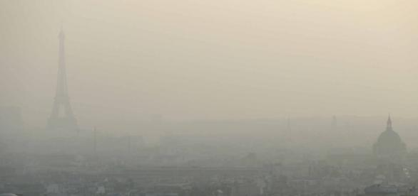Paris briefly tops world charts for air pollution - France 24 - france24.com
