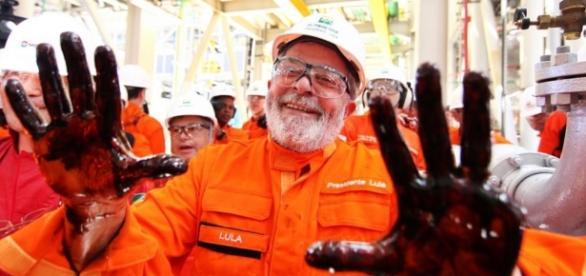 Campo de petróleo é batizado com nome do presidnete