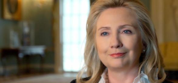 Hillary Clinton fala sobre informação confidencial que vazou