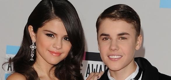 Selena Gomez estaria querendo voltar com ex
