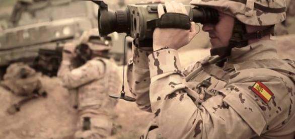 Soldados de España - IDFF 2013 (Italia) - Youtube.com