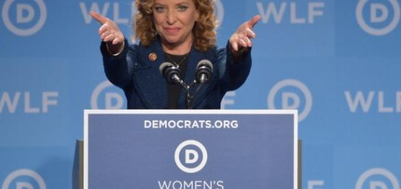 http://observer.com/2016/06/debbie-wasserman-schultz-served-class-action-lawsuit-for-rigging-primaries/