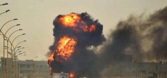 Libia, raid aerei contro lo Stato Islamico.