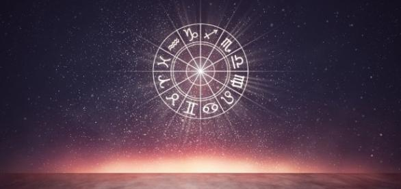 Analise seu horóscopo diariamente