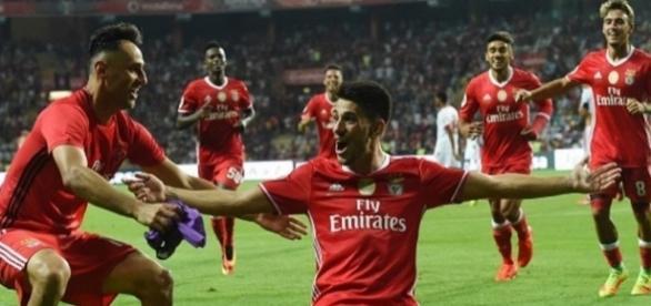 Benfica pode conseguir vencer sem jogar