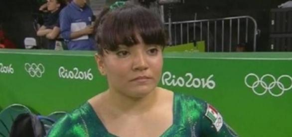 La gimnasta ha sufrido severas críticas en las redes sociales por su aspecto físico