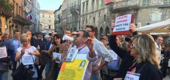Un'immagine della contestazione al Ministro a Perugia