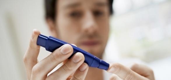 Diabetes affecting body organs -- Source: everydayhealth.com/hs/low-testosterone-guide/low-testosterone-diabetes