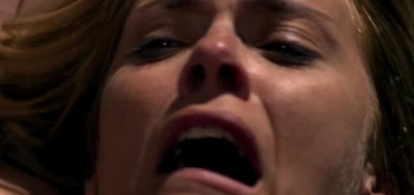 Carolina Dieckmann emociona em 'O Silêncio do Céu'