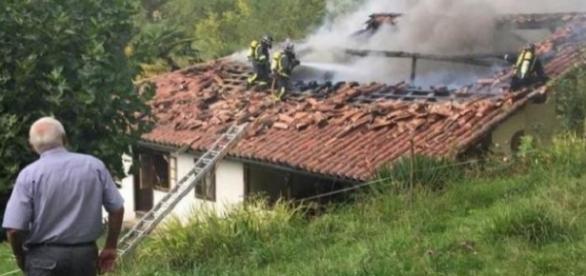 CRIMĂ în Spania! ROMÂN lăsat SĂ AGONIZEZE în flăcările colibei ce-i ţinea loc de casă